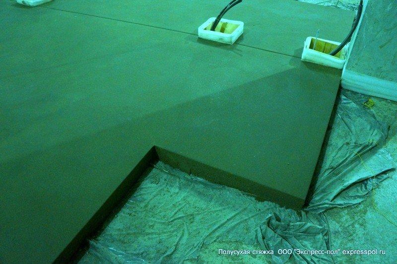 Подготовка стяжки под плитку, паркет и в зоне склада
