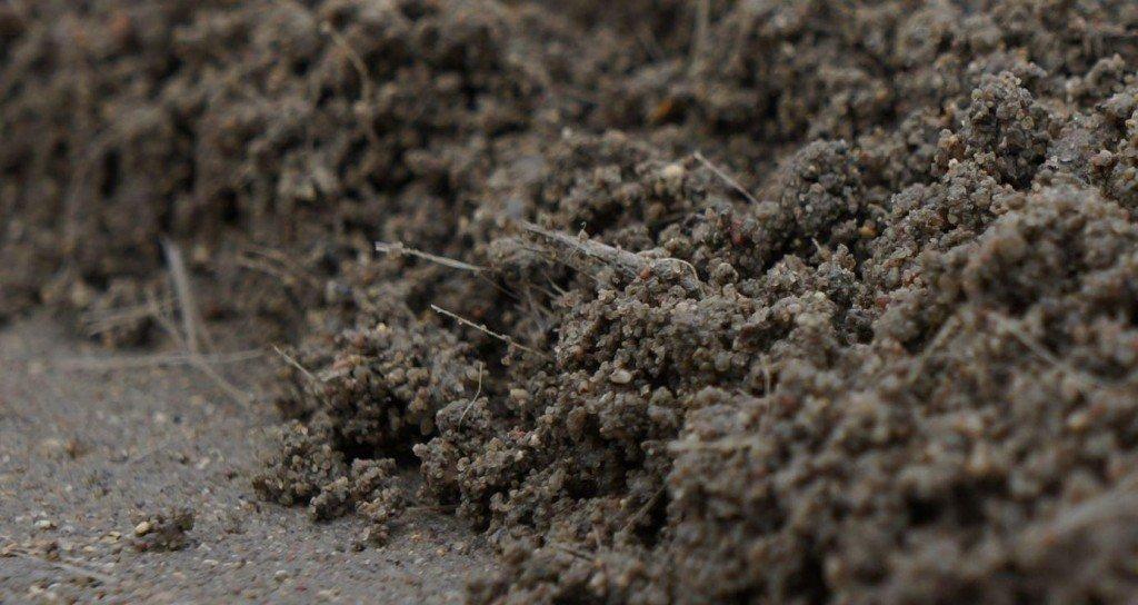 фиброволокно в цементном растворе для объемного армирования.