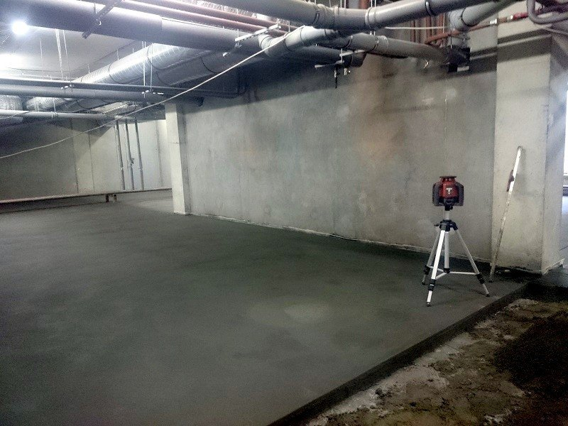 Марфино; стяжка под полимер, краску (подвал) Стяжка бетонного пола. Фото