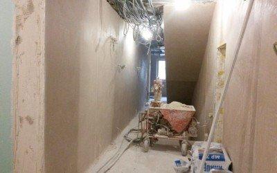 Штукатурные работы — машинная штукатурка стен
