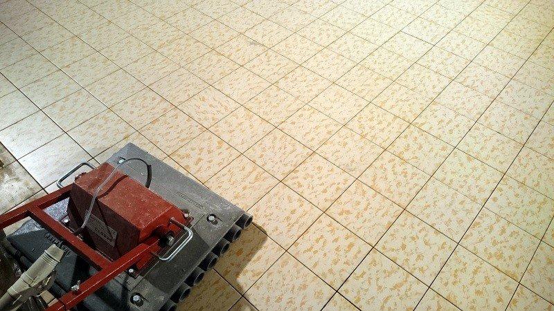 Укладка плитки методом виброукладка керамической плитки